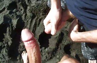 فاحشه کوشر بیرون زده الاغ او را در یک موقعیت عکس سکسی خواهر برادر خم و با سر و صدا وحشی می شود یک دیک سخت در یک مهبل (واژن) شکننده