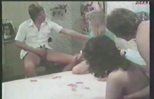 مرد fucks در دختران سکسی با نونوجوانان فیلم سکسی خواهر و برادر بزرگ و cums در آن