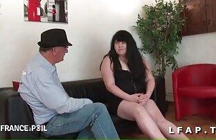 بلوند بالغ با نونوجوانان sex خواهر و برادر بزرگ و dildo به کوچک در بیدمشک